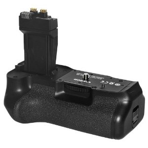 Canon BG-E8 Battery Grip for Canon T2i Digital SLR Cameras (Reta